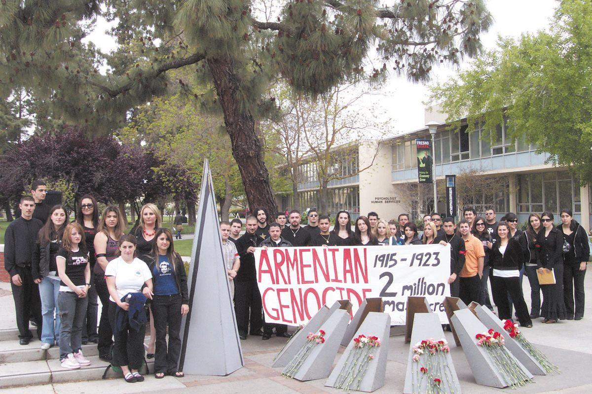 Armenian Genocide genocide_group.jpg
