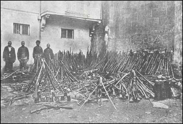 Armenian Genocide ArmsCannons_Bursa.jpg