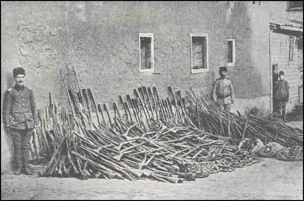 Armenian Genocide Arms_Bagjedjik_Izmit.jpg