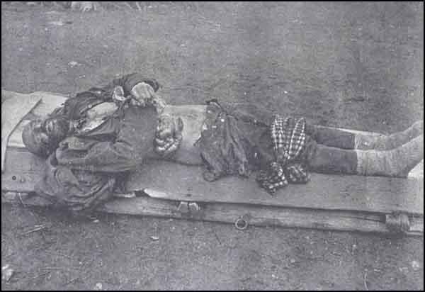 Armenian Genocide OttomanOfficerKilled.jpg